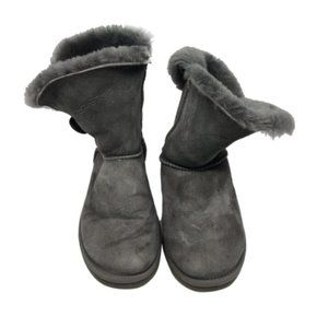 Mid UGG Gray Boots Size: US 6